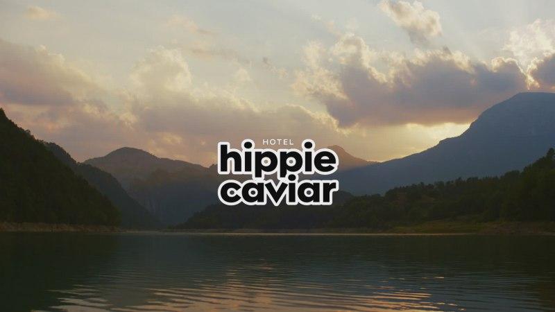 2-2021_-_show-car_hippie_caviar_hotel.jpg